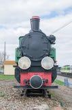 Deblin Polen - April 20, 2017: Ångalokomotiv Rys T49-112 på den Deblin järnvägsstationen smal järnväg för gauge Royaltyfri Bild