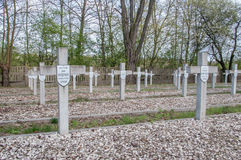 Deblin, Polen - 19. April 2017: Kreuze am Kriegskirchhof Ballona in Deblin Lizenzfreie Stockfotografie