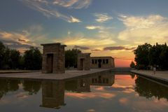 Debod Tempel am Sonnenuntergang Stockfoto