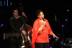 Deborah J. Carter presteerde in VIP van Zagreb club stock foto's
