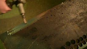 Deburring metal część zdjęcie wideo