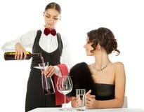 Decantando o vinho Imagem de Stock Royalty Free