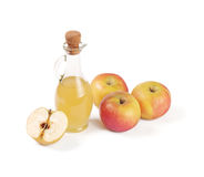Decantatore con l'aceto della mela isolato fotografie stock