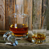Decanter and glass of whisky Royalty Free Stock Photos