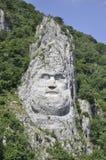 Decebal头在岩石雕刻了在Cazane峡谷,罗马尼亚 免版税库存照片