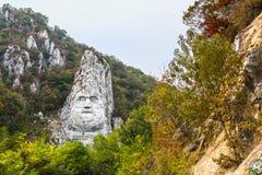 Decebal la statua della roccia fotografia stock