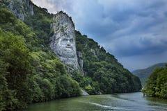 decebalus岩石罗马尼亚雕塑 免版税库存照片