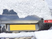 December 2009 bilar som demonteras till stycken som en formgivare, många ska motta ett andra liv, några ska gå för att återanvänd Royaltyfri Bild