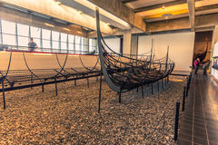 December 04, 2016: De Viking skeppen inom Viking Ship Museu Arkivbilder