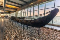 04 december, 2016: Een Viking-schip binnen Viking Ship Museum o Royalty-vrije Stock Afbeelding