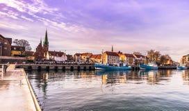 03 december, 2016: Haven door de stad van Helsingor, Denemarken royalty-vrije stock afbeeldingen