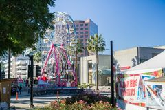 December 6, 2017 San Jose / CA / USA - Ferris wheel at Christmas in the park downtown display in Plaza de Cesar Chavez, Silico. N Valley, south San Francisco bay stock photos