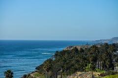 December 27, 2018 San Pedro, Ca Kustlinjen av San Pedro, Ca är ett sceniskt landskap av havet royaltyfria bilder