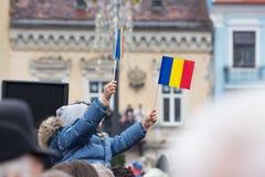 December 1st 2017 Brasov Rumänien, festligheter för nationell ferie in i rådfyrkant Arkivbilder