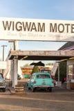 December 21, 2014 - vigvamhotell, Holbrook, AZ, USA: tipihote Arkivbilder