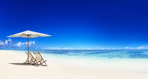 Free Deck Chair On The Tropical Beach Stock Photo - 41402130