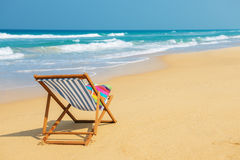 Deckchair na plaży obrazy stock