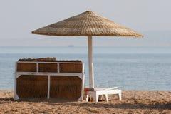 Deckchair op een strand Stock Afbeelding