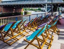 Deckchairs в Лондоне, hdr Стоковая Фотография