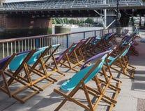 Deckchairs в Лондоне Стоковые Фото