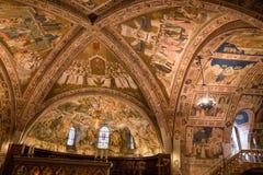 Decke der Basilika von StFrancis von Assisi Italien Lizenzfreies Stockfoto