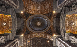 Decke des Heiligen Peter Basilica, Vatikan, Rom Stockfotografie