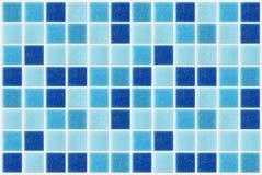 Decken Sie den quadratischen blauen Beschaffenheitshintergrund des Mosaiks mit Ziegeln, der mit glitte verziert wird lizenzfreie stockfotos