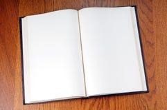 Decken Sie geöffnetes Buch ab stockfoto