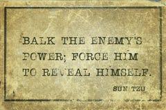 Decken Sie sich Sun Tzu auf stock abbildung