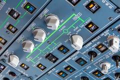 Deckenschalttafel Airbusses A320 Stockbild