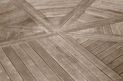 Decking en bois avec une conception Photographie stock libre de droits