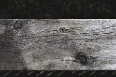 Decking en bois de pin inextricable de Wethered photos stock
