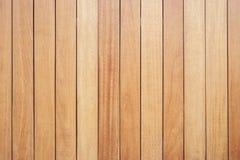 Decking ou plancher en bois extérieur sur la terrasse images libres de droits