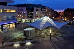 Deckungs-Stadt-Markt Lizenzfreie Stockbilder