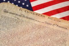 Declaração independência do 4 de julho de 1776 na bandeira dos EUA fotos de stock royalty free