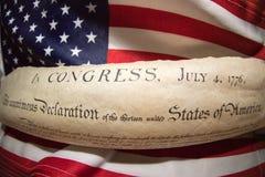 Declaração independência do 4 de julho de 1776 na bandeira dos EUA imagens de stock royalty free