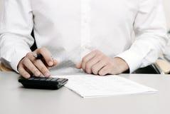 Declaración de impuestos financiera imágenes de archivo libres de regalías