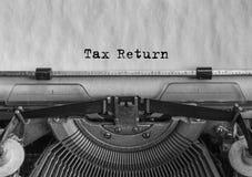 Declaración de impuestos, texto mecanografiado Ley coloque Imágenes de archivo libres de regalías