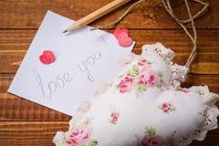 Declaración del amor el día de tarjeta del día de San Valentín Fotografía de archivo libre de regalías