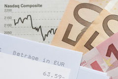 Declaración financiera de la carta, de cuenta y euros Foto de archivo