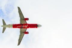 Decolagem de AirAsia Airbus A320 Fotos de Stock Royalty Free