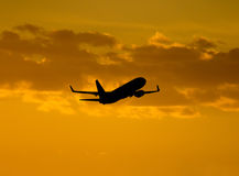 Decolagem dos aviões Fotografia de Stock Royalty Free
