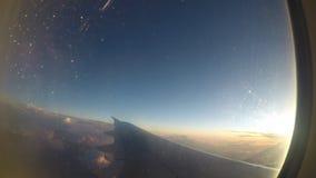Decolli dall'aeroporto internazionale di Zvartnots, Armenia Vista nella finestra dell'aeroplano Timelapse stock footage