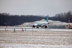 Decollo di Air Dolomiti Embraer ERJ-195 I-ADJU Immagine Stock Libera da Diritti