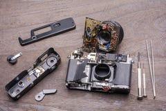 Decomposto di vecchia macchina fotografica fotografie stock libere da diritti