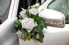 Decor decoration wedding car flowers on turn signal royalty free stock photos