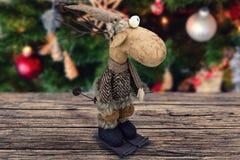 Decoração abstrata do Natal na placa marrom de madeira Fotos de Stock