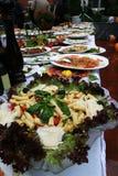 Decoração ajustada da tabela do alimento da restauração fotos de stock royalty free