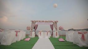Decoração bonita da cerimônia de casamento vídeos de arquivo