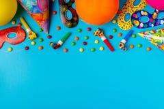 Decoração brilhante para um aniversário, um partido, um festival ou um carnaval imagem de stock royalty free